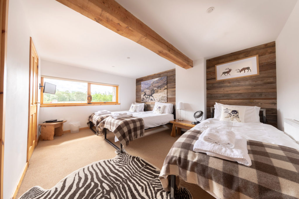 Bedrooms-BigHusky_Luxury-Lodge-Aviemore-29