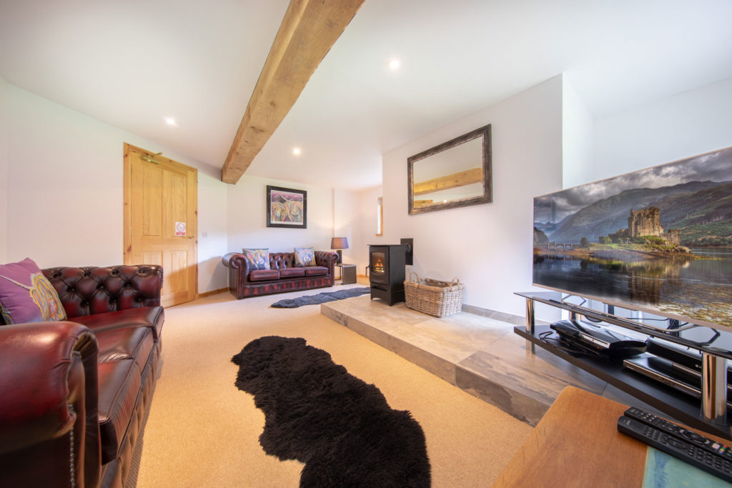 LivingArea-BigHusky_Luxury-Lodge-Aviemore-38