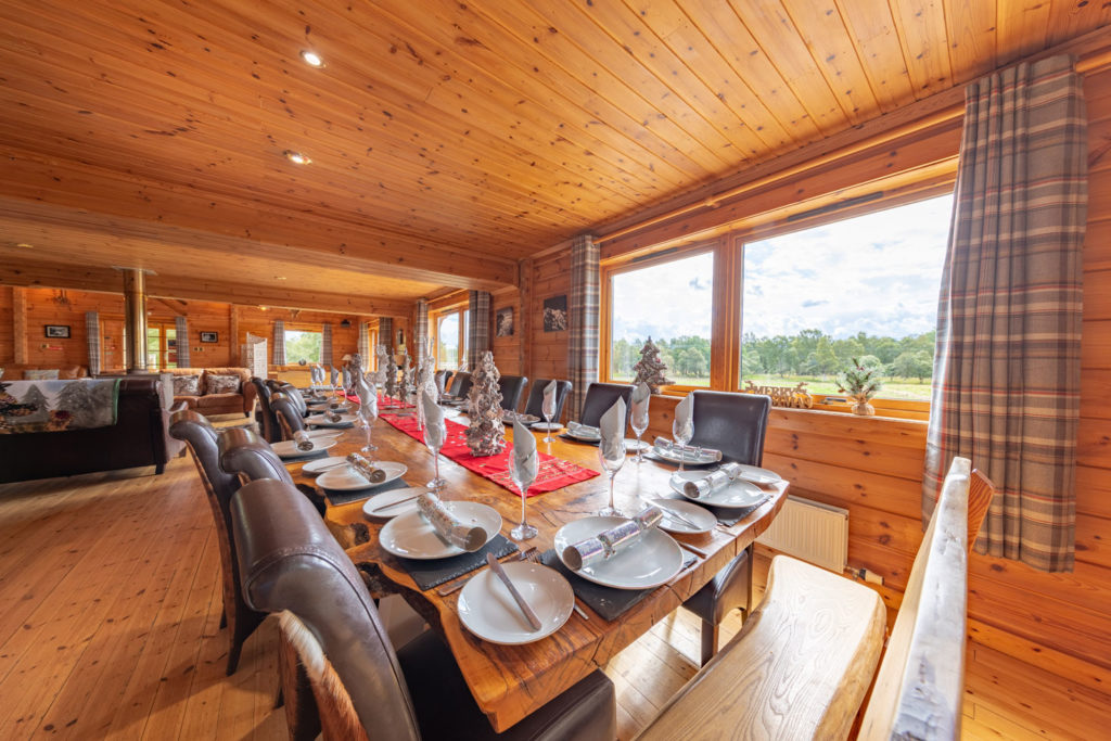 LivingArea-BigHusky_Luxury-Lodge-Aviemore-6