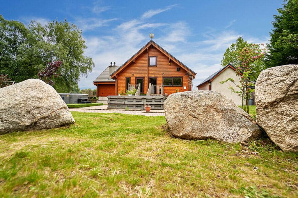 The Lodge & Stones
