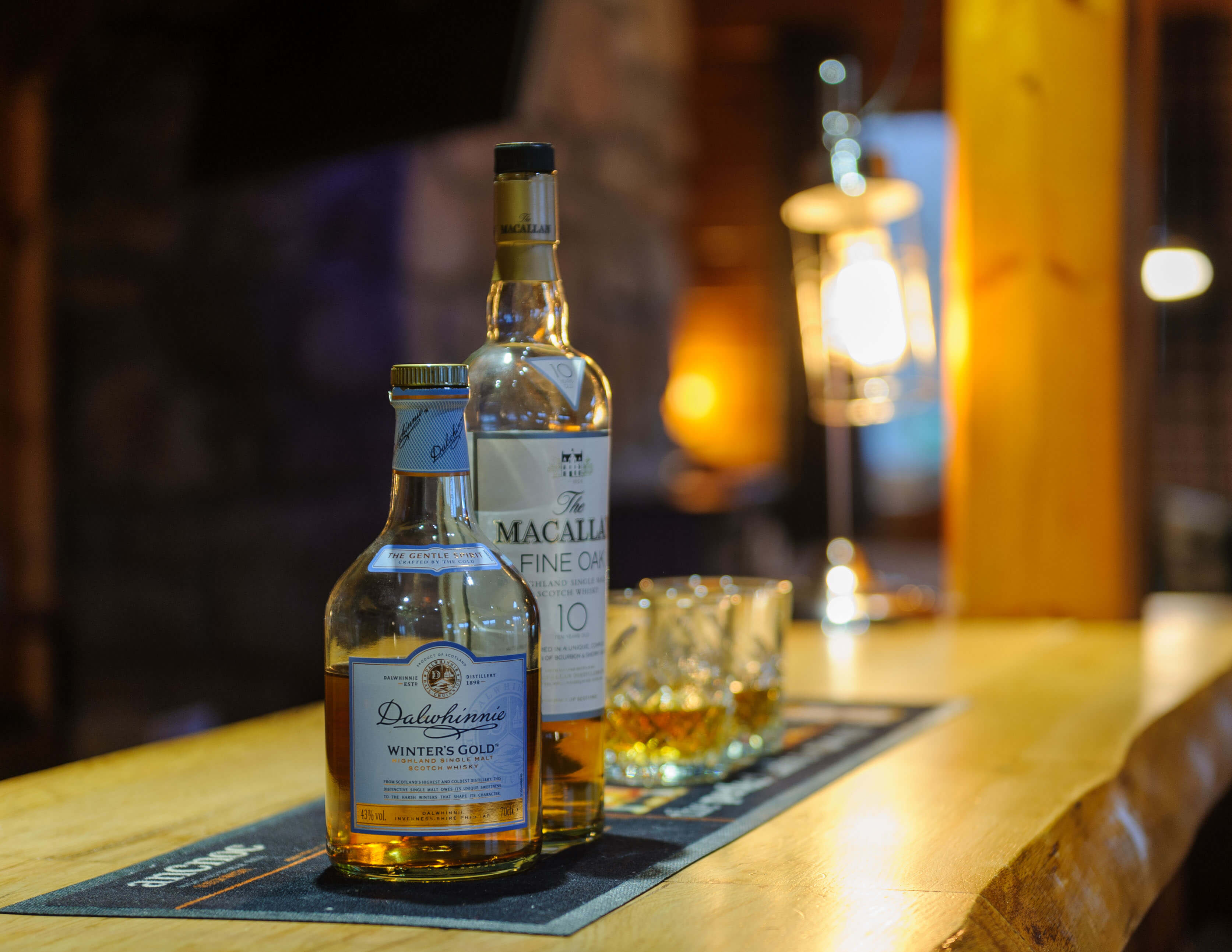Whisky on Bar Close ups – C200321-033