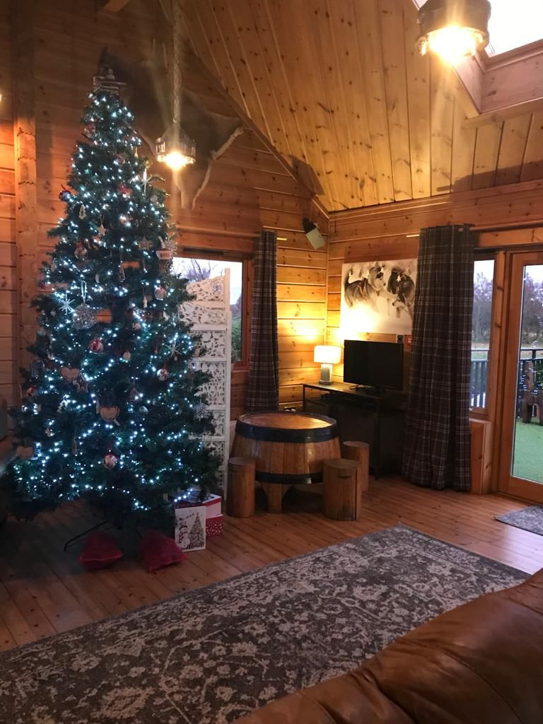 BHL Christmas – 2021-08-17 at 13.19.52 (1)